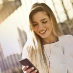 Jakie cechy posiada najlepsza wyszukiwarka telefonów?