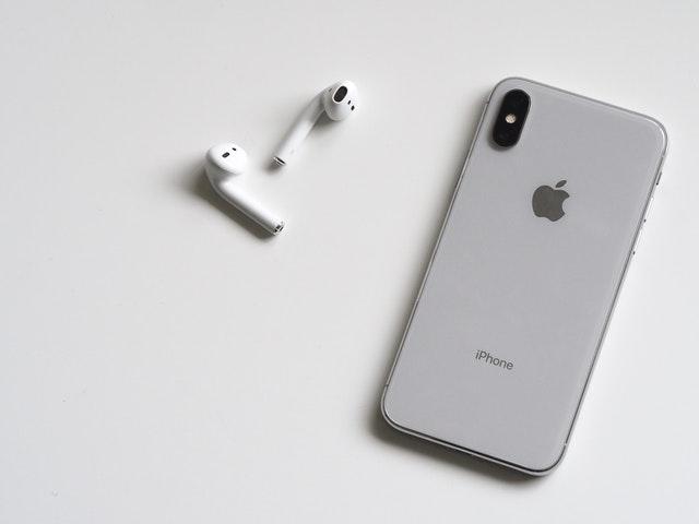 Najlepsze aplikacje na iPhone, czyli co warto mieć w swoim telefonie